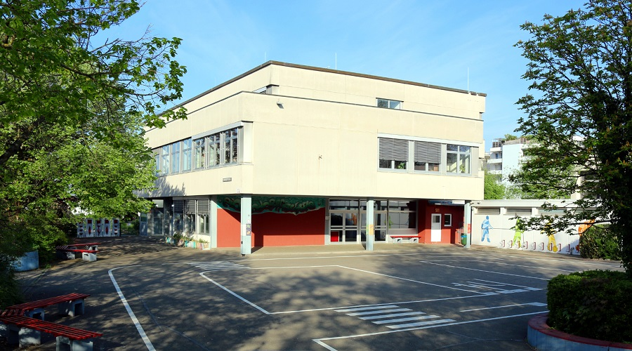 Eichendorff-Schule Rheinfelden mit Hof